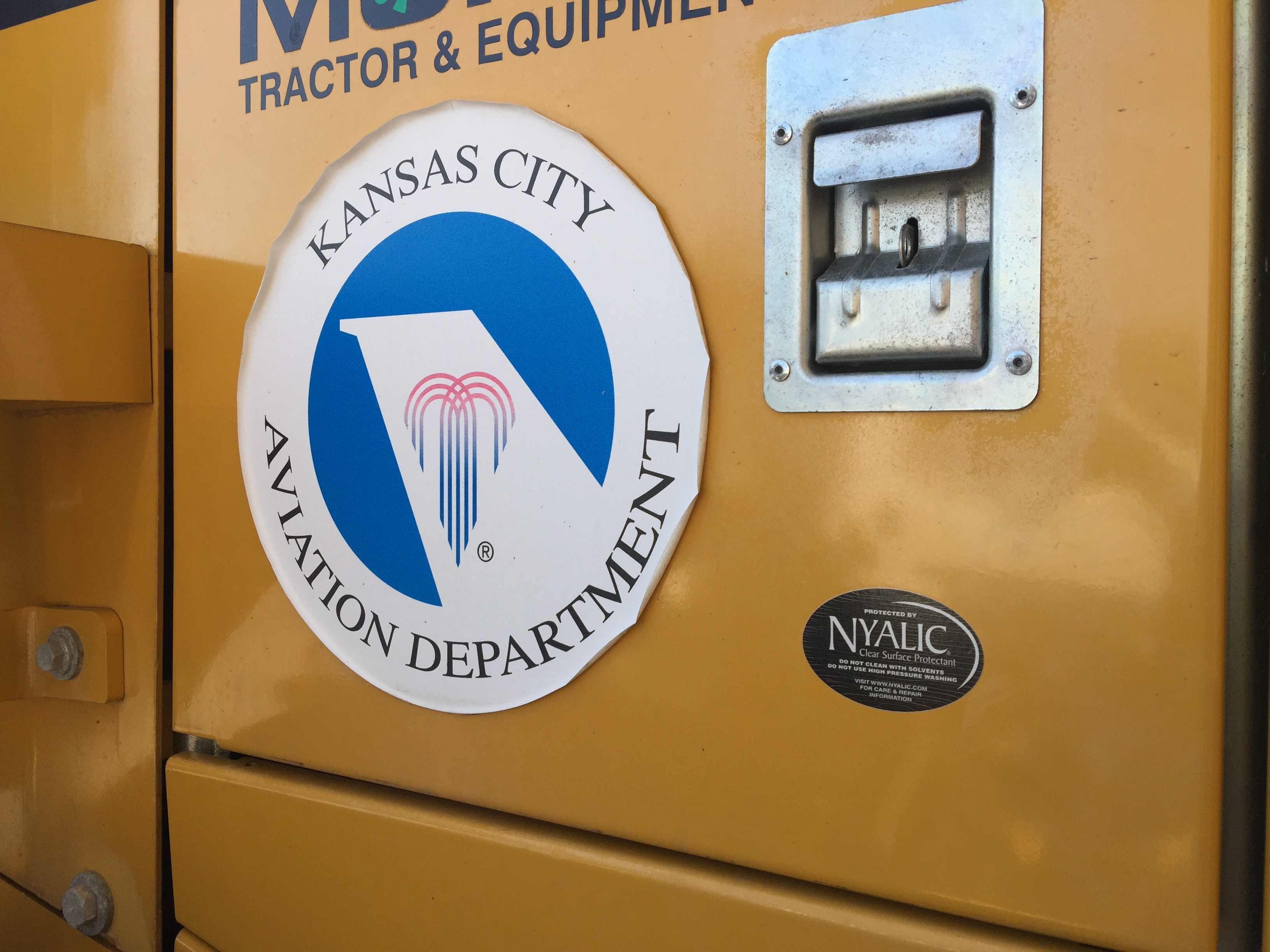 Nyalic® Coated Wheel Loaders at Kansas City Airport